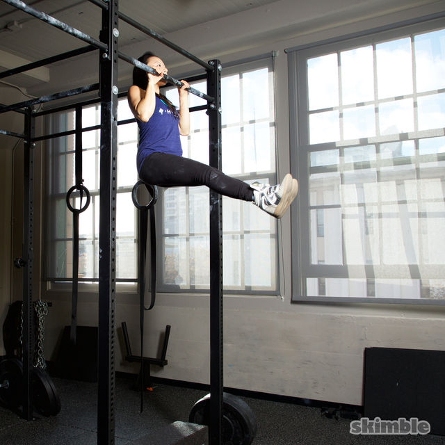 How to do: L Pull-Ups - Step 3