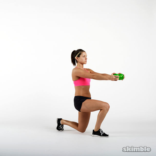 How to do: Dumbbell Lunge and Rotation - Step 2