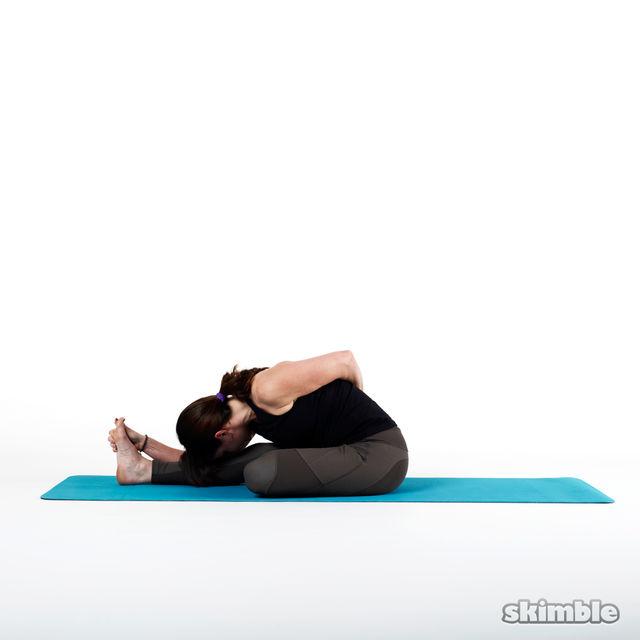 How to do: Half Bound Lotus - Step 4
