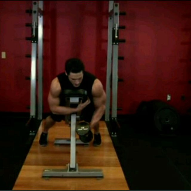 How to do: Dumbell One Rear Lateral Raises - Step 2