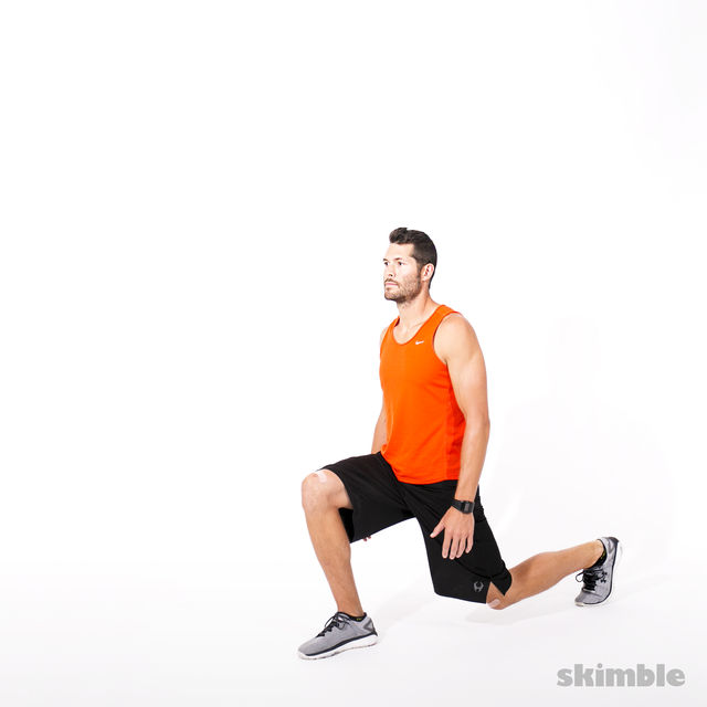 How to do: Reverse Lunge Elbow to Instep with Rotation - Step 5