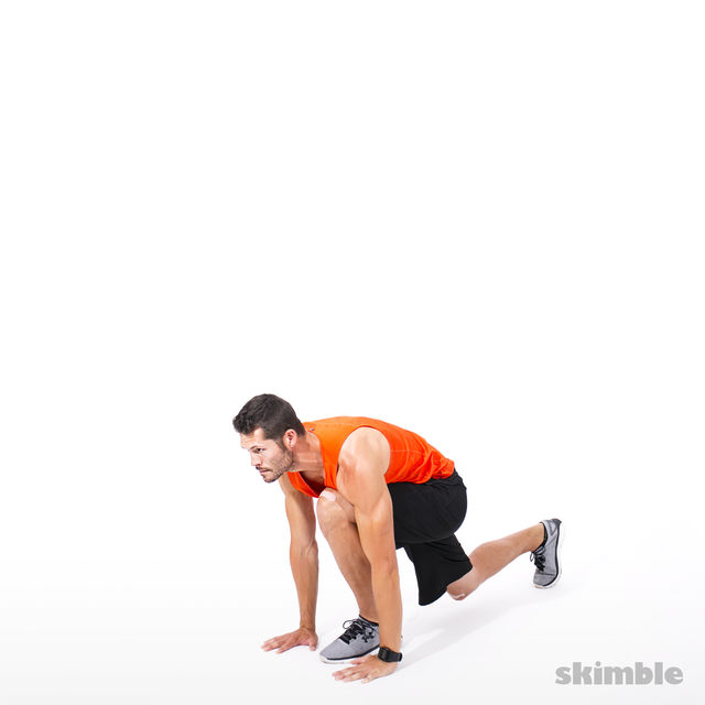 How to do: Reverse Lunge Elbow to Instep with Rotation - Step 2