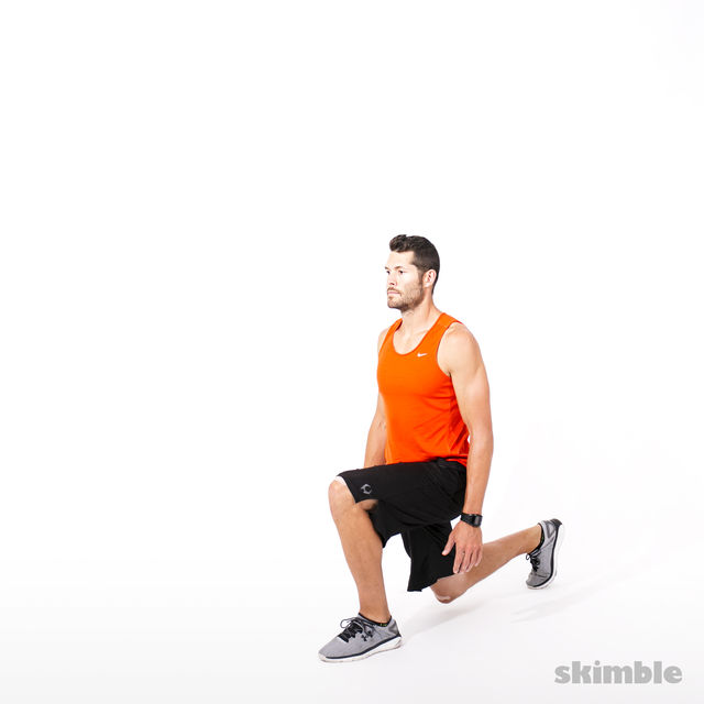 How to do: Reverse Lunge Elbow to Instep with Rotation - Step 9