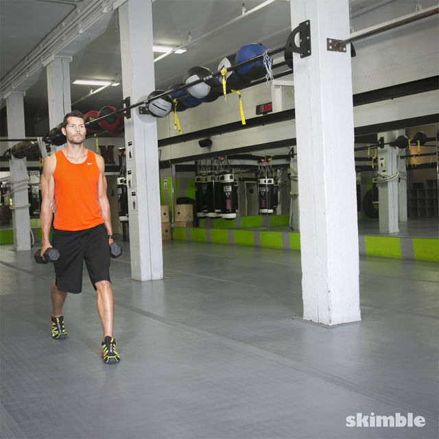 How to do: Walking Dumbbell Lunges - Step 2