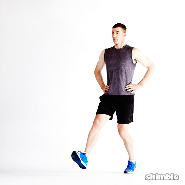 How to do: Dynamic Lunges - Step 8