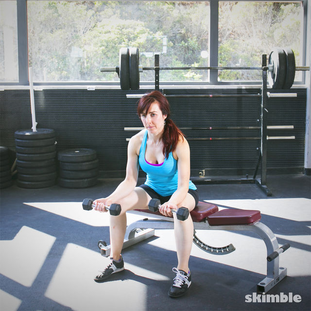 How to do: Dumbbell Wrist Curls - Step 1