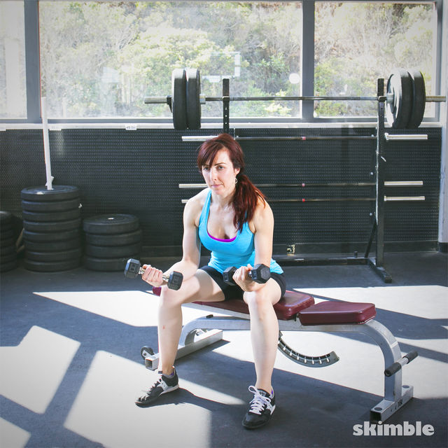 How to do: Dumbbell Wrist Curls - Step 2