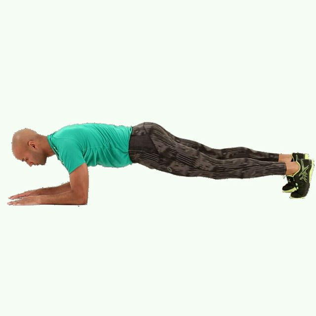 How to do: IT Plank Leg Crossover - Step 1