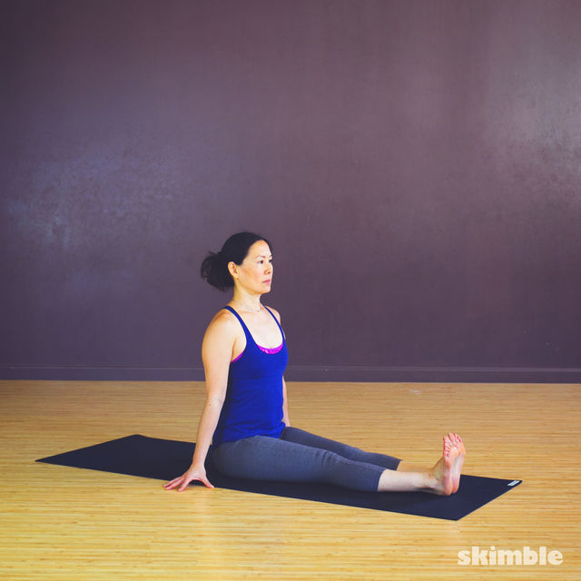 How to do: Seated Leg Stretch - Step 1