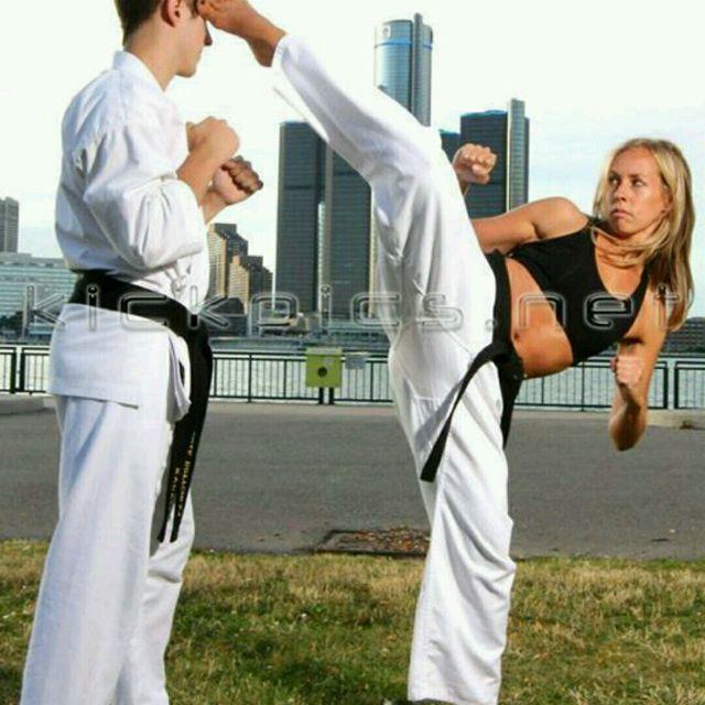 How to do: Backspin Kick - Step 1