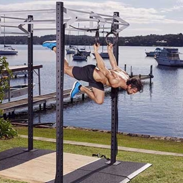 How to do: Back Lever Alternate Leg Single Push - Step 4