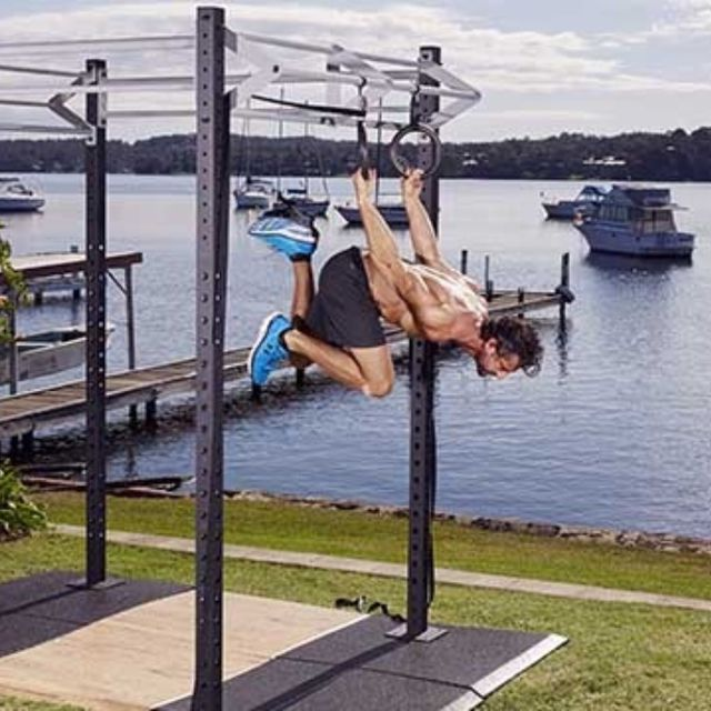 How to do: Back Lever Alternate Leg Single Push - Step 6