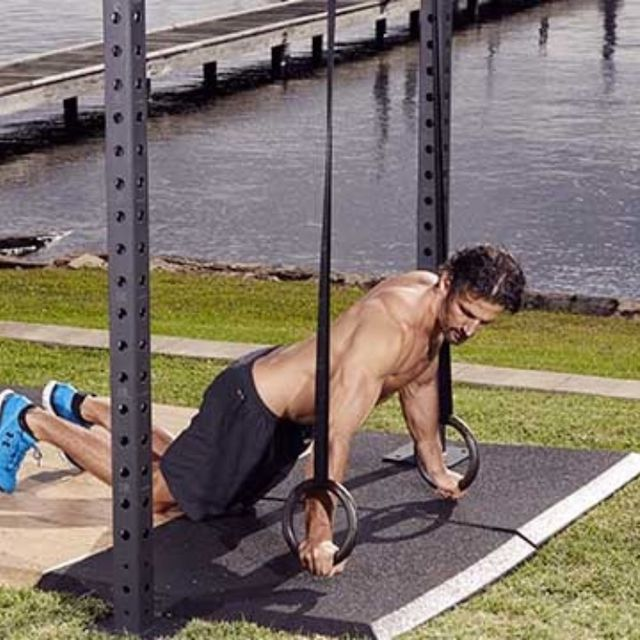How to do: Archer Around The Clock Push Up - Step 4