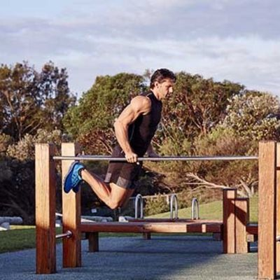 Bar Jumping Dips