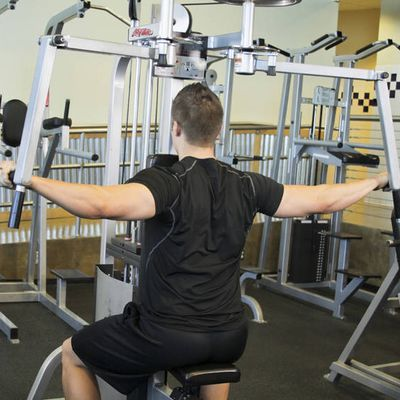 Rear Deltoid Fly machine