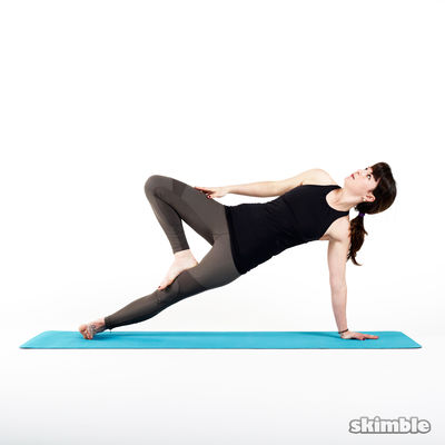 Left Side Plank Knee Drive