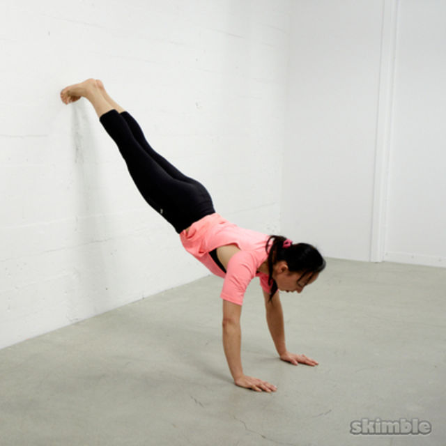 How to do: Wall Plank - Step 2