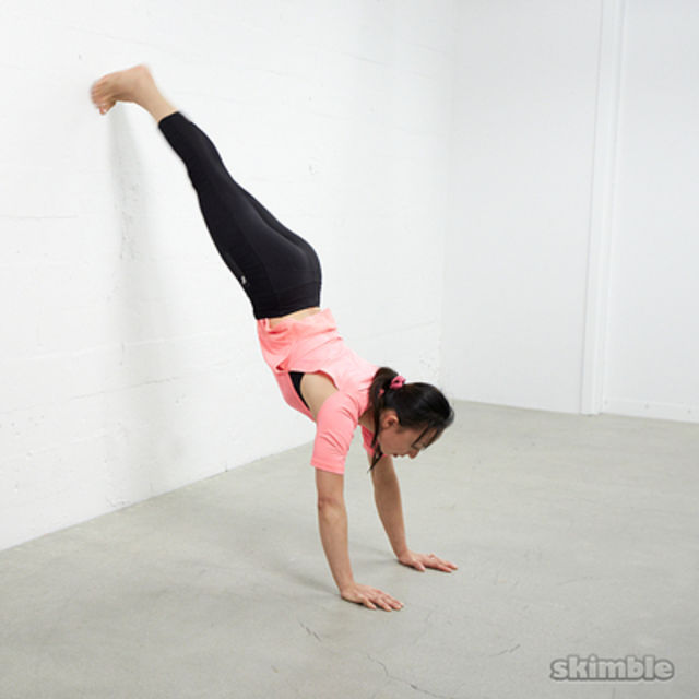 How to do: Wall Plank - Step 3