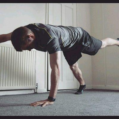 Opposite High Plank Hand&Foot Raises
