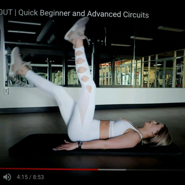 How to do: Alternating Leg Lifts - Step 1
