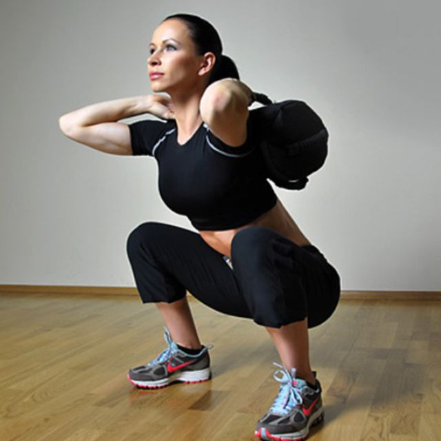 How to do: Sandbag Front Squat(10 Reps) - Step 1
