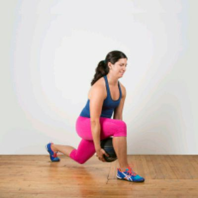 Alternating Lunge Ball Pass