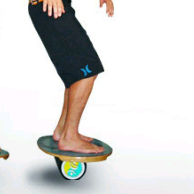 How to do: Balance Boarding With Vertical Roll - Step 1