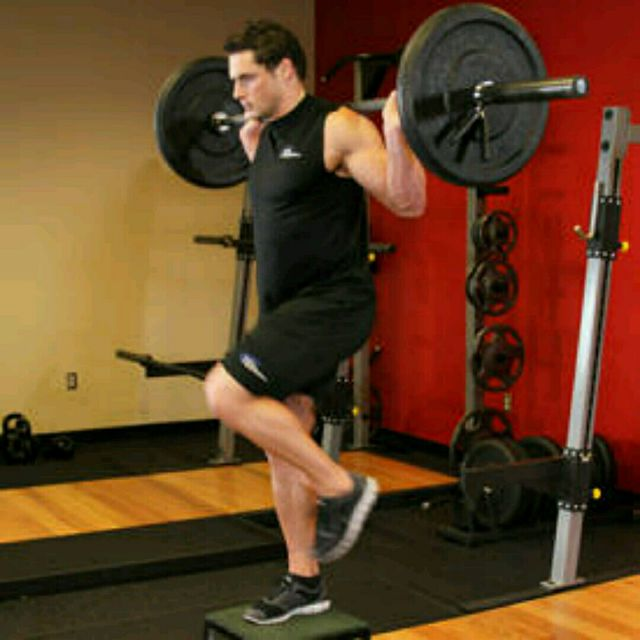 How to do: Barbell Loaded Step Up With Leg Raise - Step 3