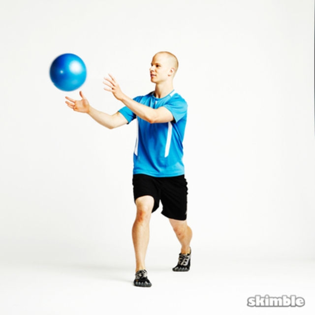 How to do: Split Squat Ball Toss - Step 1