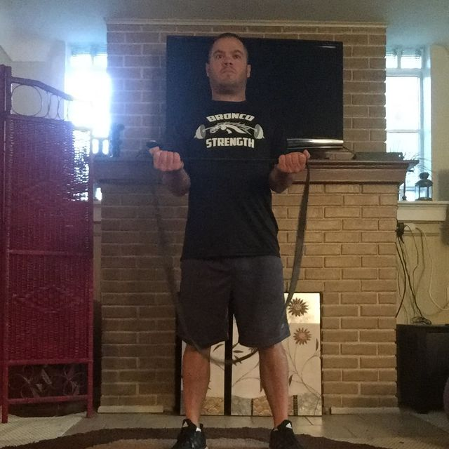 How to do: Resistance Band External Rotation - Step 1