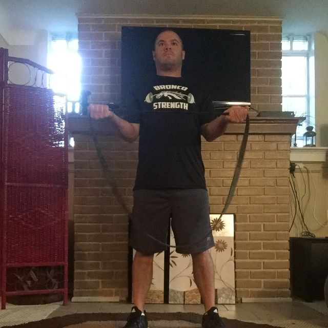 How to do: Resistance Band External Rotation - Step 2
