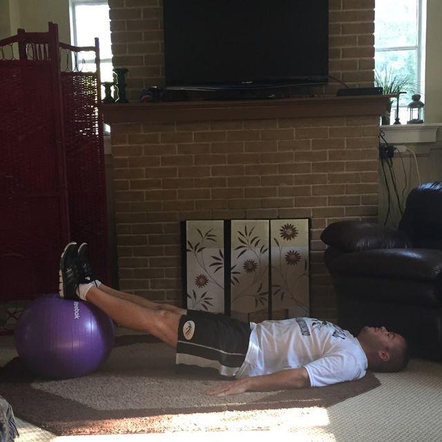How to do: Swiss Ball Dbl Leg Hip Bridge - Step 1