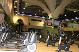 铁牛澳瑞特健身会所, China