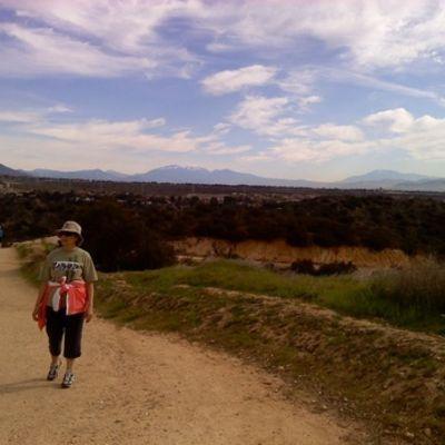 Walking_at_wilderness_park_full