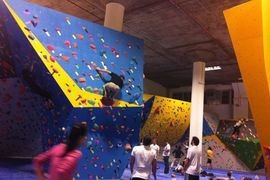 Skimble-dogpatch-boulders-bouldering-gym-sf_medium
