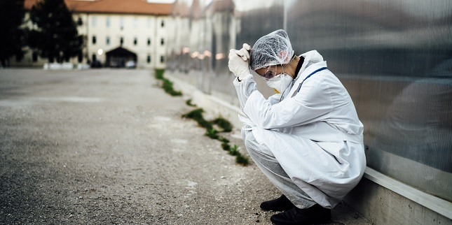 Dire, Unusual STEMI Complications Blamed on COVID-19 Hospital Avoidance