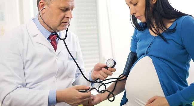Preeclampsia During Pregnancy Linked With CV Consequences Many Years Later
