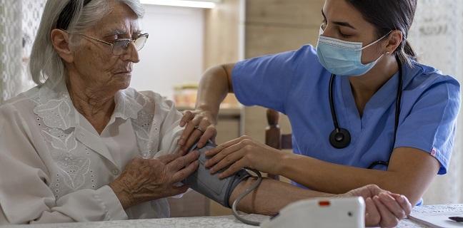 Women's Risk for CVD Seen at Lower BP Thresholds Than Men