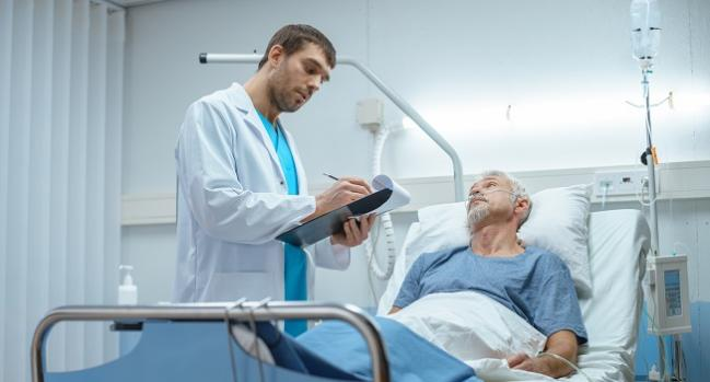 ISCHEMIA: PCI/CABG Has Early Hospitalization 'Tax' but Equals Meds Later