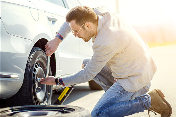 carregistrationadvisors.org blog: 2 Reasons to Always Have a Spare Tire According to CarRegistrationAdvisors.org
