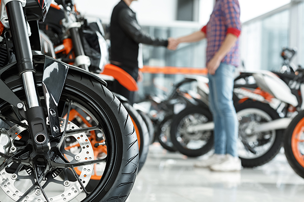 motorcycle-licenses.com blog: Things to Know Before Purchasing Your First Motorcycle: Advice From Motorcycle-Licenses.com