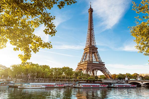 travelprecheck.org blog: How to Get Around in Paris: Advice From TravelPrecheck.org