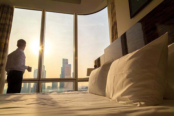 Hotels vs. Short-Term Rentals: A Comparison by TravelPrecheck.org