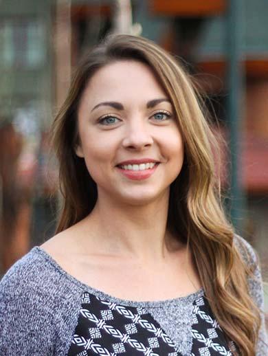 Carlyna Deragisch, RN