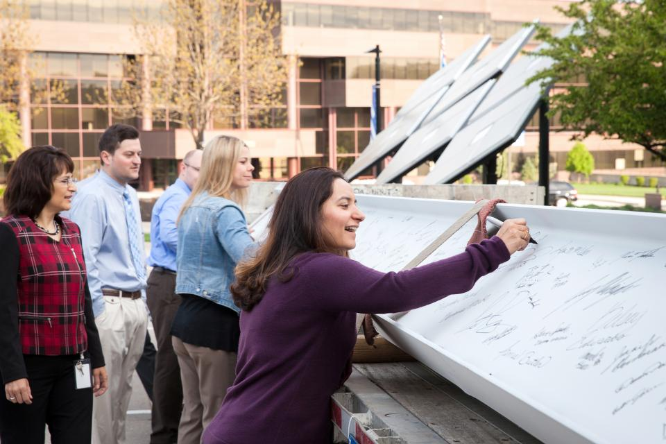 Employee-owners had a chance to mark their name in Burns & Mac history in 2015 by signing the topping-off piece of the world headquarters expansion, the final beam.