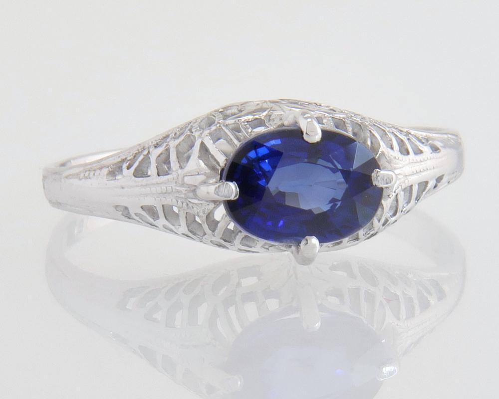 Antique Vintage Estate 18K White Gold 1.05ct Genuine Blue Sapphire Art Deco Engagement Ring