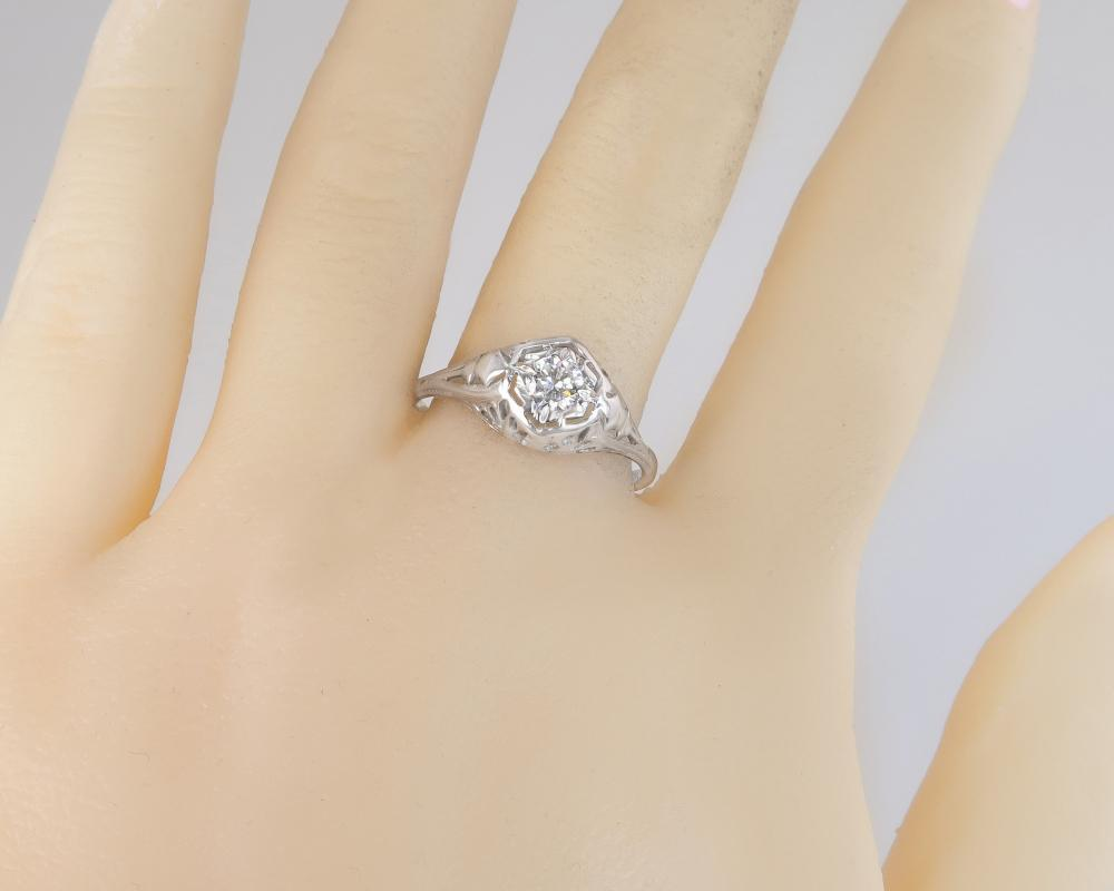 Antique  Estate .25ct Genuine Diamond 14K White Gold Art Deco Engagement Ring