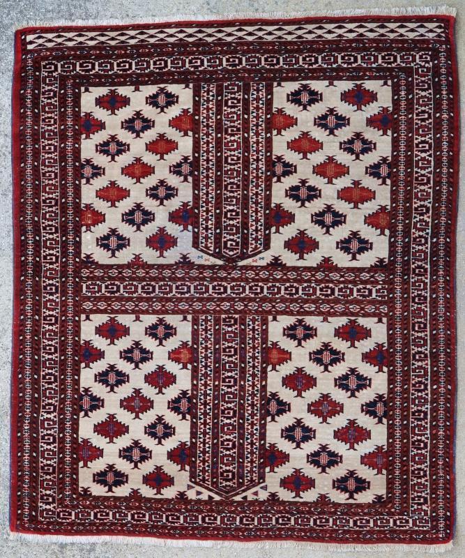 Turkmen rug Hatchlu 1900