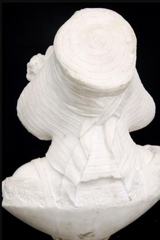 F'illi Pugi Marble Bust Sculpture of Girl in Bonnet