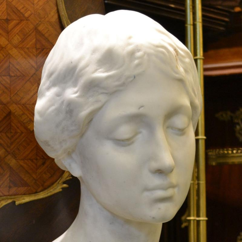 Eduardo Rossi (1867- 1929) Female Marble Bust Sculpture